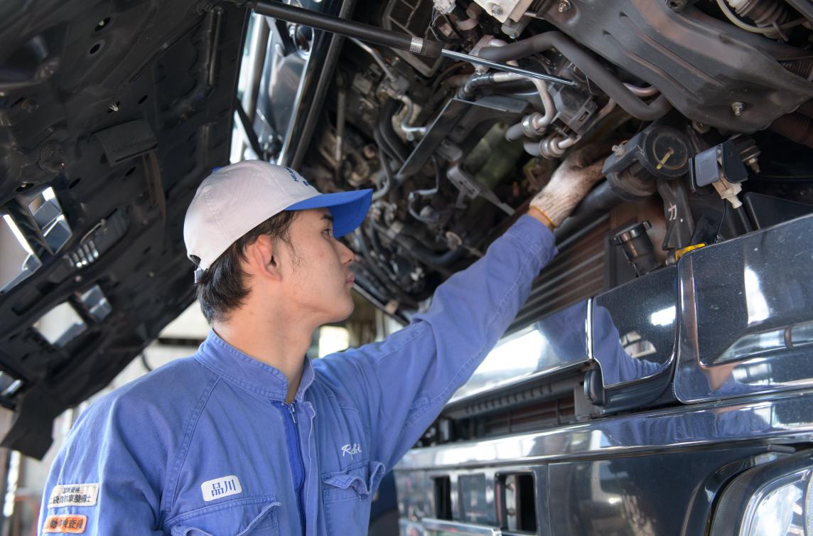 整備 自動車・重機・産業機械特殊車両などの点検整備