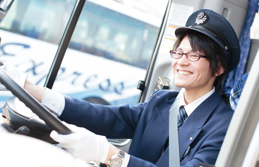 総合交通キャリア職・プロドライバー職・路面電車運転士
