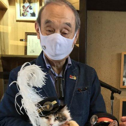 たまⅡ世駅長ニタマが執行役員に昇格!<br> ―ねこブームを創った「たま駅長」に次いでの快挙―